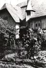 Pfarrhaus und das Haus von Elise Germann in der Neugasse