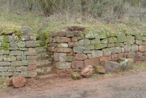 Renovierung der Trockenmauer